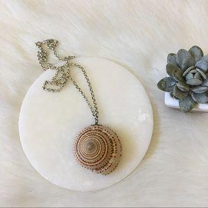 Vintage Seashell 70s Hippie Necklace
